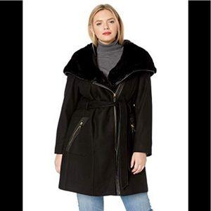 Via Spiga Jackets & Coats - Via Spiga Plus Wool Coat Fur Hood and Faux Leather